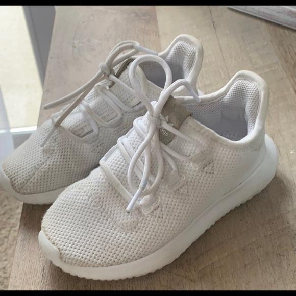 Kids adidas originals tennis shoes